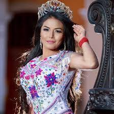 Desde Riobamba, diseñadores indígenas imponen la moda