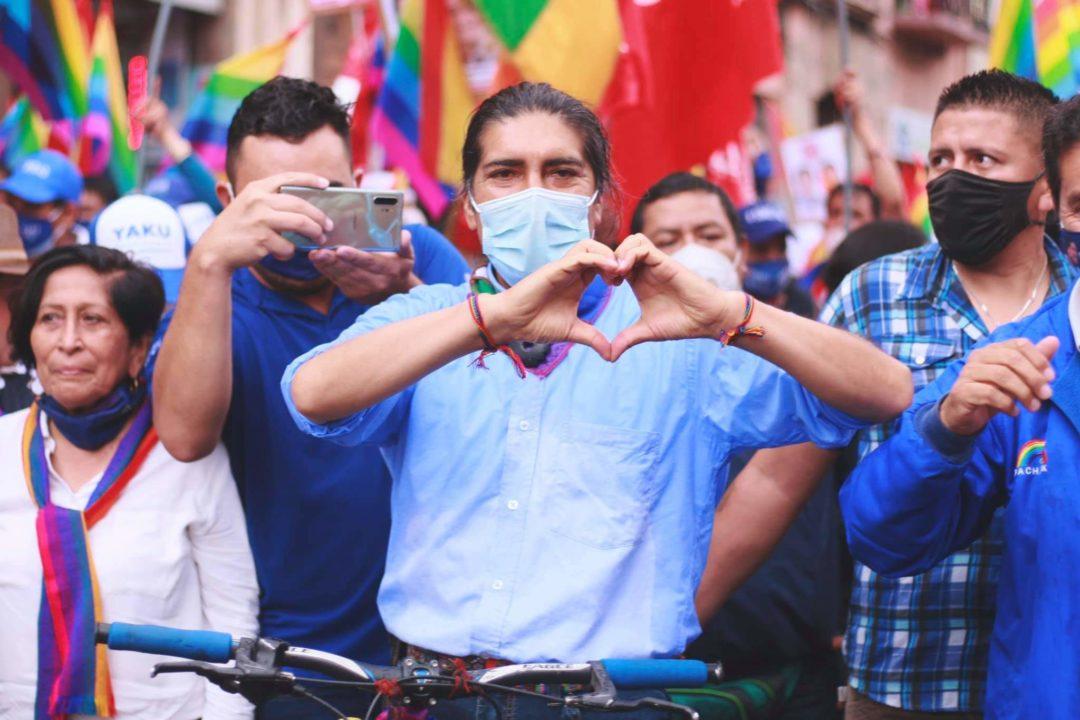 El ecologista e indígena Yaku Pérez, la gran sorpresa de las elecciones ecuatorianas